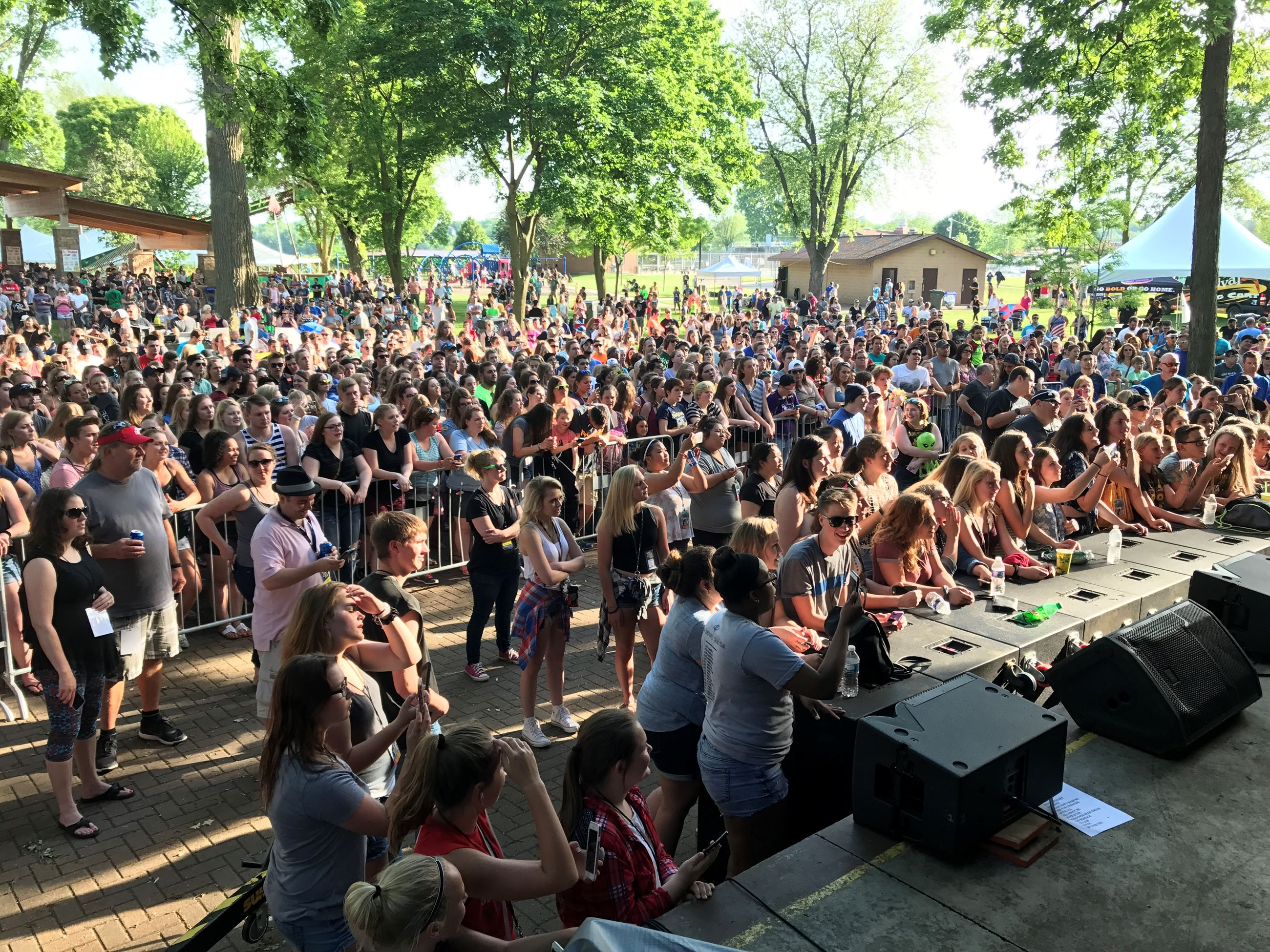2017 Cheese Fest Crowd Pic